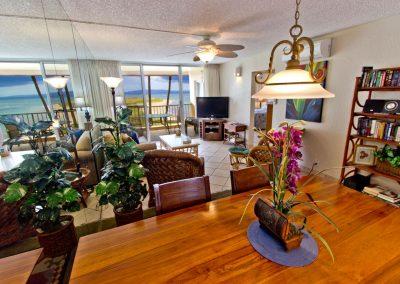 menehune-shores-320-living-room-view-rt-1280-cq8